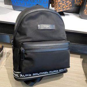 🆕️ Michael Kors Kent Logo Taping Backpack